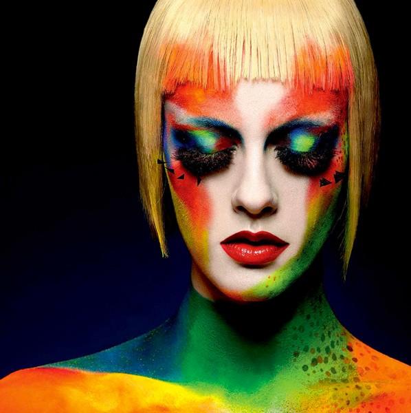 Christina Lutz makeup artist (maquilleur), B Agency Paris creative artist agency. Work by makeup artist Christina Lutz demonstrating Creative Makeup.Creative Makeup Photo #55587