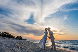 Christos Papavasiliou photographer (φωτογράφος). Work by photographer Christos Papavasiliou demonstrating Wedding Photography.Wedding Photography Photo #217595