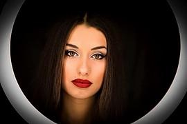 Chrysanthi Tsoukla model (μοντέλο). Photoshoot of model Chrysanthi Tsoukla demonstrating Face Modeling.Face Modeling Photo #222671