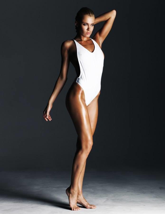 Chucha Babuchina model (модель). Chucha Babuchina demonstrating Body Modeling, in a photoshoot by Maksim Serikow.Body Modeling Photo #167439