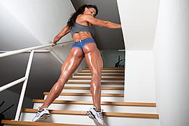 Cindy Landolt fitness model. Photoshoot of model Cindy Landolt demonstrating Body Modeling.Body Modeling Photo #92959