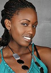 Ciru Maina model. Photoshoot of model Ciru Maina demonstrating Face Modeling.Face Modeling Photo #103369