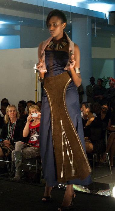 Ciru Maina model. Photoshoot of model Ciru Maina demonstrating Runway Modeling.Runway Modeling Photo #103371