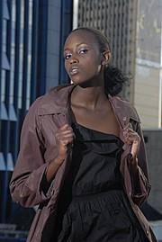 Ciru Maina model. Photoshoot of model Ciru Maina demonstrating Face Modeling.Face Modeling Photo #70031