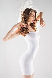 Claudia Marusanici Model & Photographer