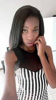Confidence Mphogo Model & Fashion Stylist