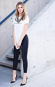 Courtney O'Connor model. Photoshoot of model Courtney O Connor demonstrating Fashion Modeling.Fashion Modeling Photo #165774
