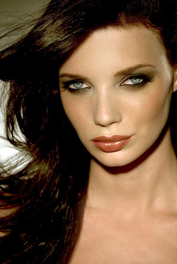 Crystal Cadahia Makeup Artist