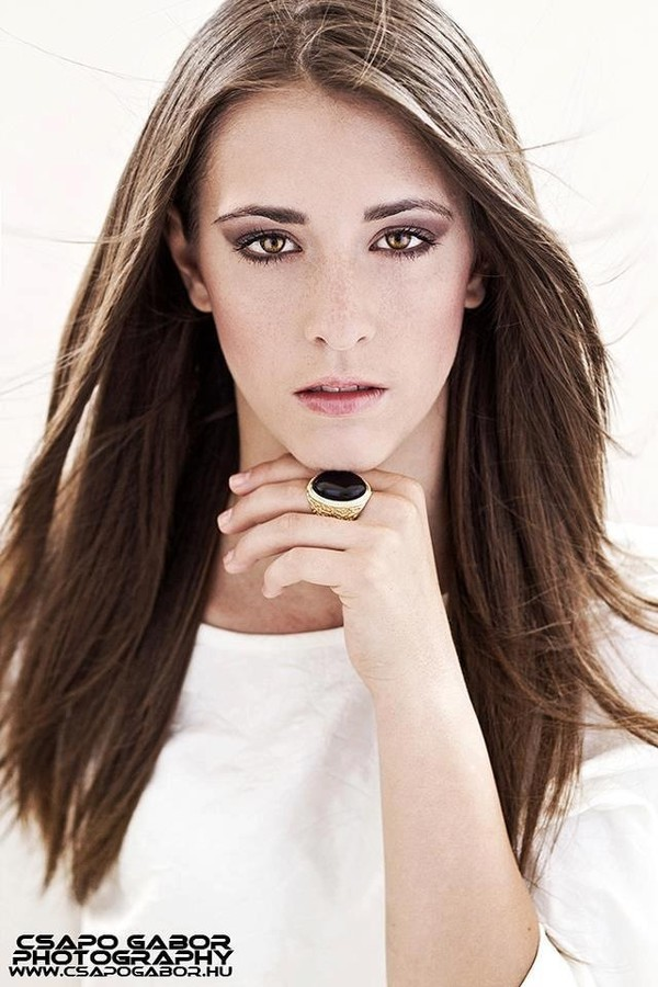 Csilla Javorszki Makeup Artist & Hair Stylist
