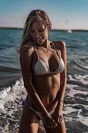 Daniela Chalbaud model. Daniela Chalbaud demonstrating Body Modeling, in a photoshoot by James Arthur.photographer: JAMES ARTHURBody Modeling Photo #172479