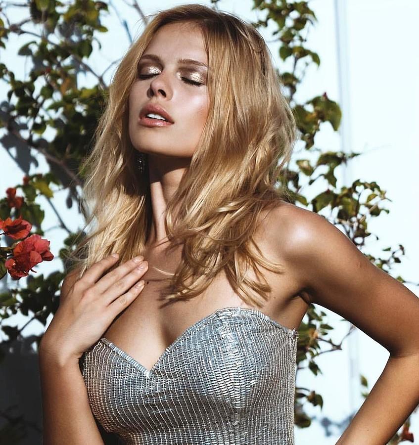 Daria Pershina model (Дарья Першина модель). Photoshoot of model Daria Pershina demonstrating Face Modeling.Face Modeling Photo #172811