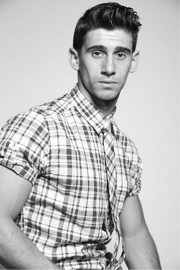David Costa model (modèle). Photoshoot of model David Costa demonstrating Face Modeling.Face Modeling Photo #73256