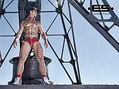 David Costa model (modèle). Photoshoot of model David Costa demonstrating Body Modeling.Body Modeling Photo #73253
