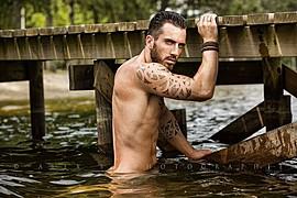David Lerebourg model (modèle). Photoshoot of model David Lerebourg demonstrating Body Modeling.Body Modeling Photo #91568