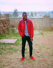 I am David Musili from Nairobi,Kenya, based in Nairobi a student of Vera beauty college fashions and designs, modelled in local shows.David