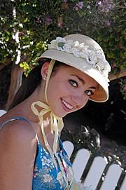 Demetra Diorietes model. Photoshoot of model Demetra Diorietes demonstrating Face Modeling.Face Modeling Photo #91301