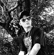 Demis Fasoulas actor model. Photoshoot of model Demis Fasoulas demonstrating Face Modeling.Face Modeling Photo #222114
