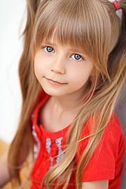 Denis Evseev photographer (Денис Евсеев фотограф). Work by photographer Denis Evseev demonstrating Children Photography.Children Photography Photo #148997