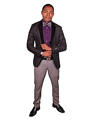 Dennis is one of the guys who love being smart worked with GBS as a fashion model bt curently working in kajiado n ready to work with any mo