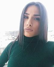 Dimitra Nousi model (μοντέλο). Photoshoot of model Dimitra Nousi demonstrating Face Modeling.Face Modeling Photo #196428