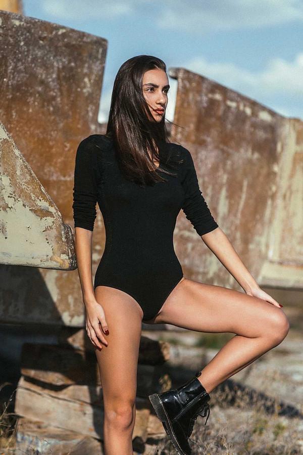Dimitra Ntampiki model (μοντέλο). Photoshoot of model Dimitra Ntampiki demonstrating Fashion Modeling.Fashion Modeling Photo #229894