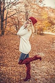 Dimitra Tisel model (Δήμητρα Τισελ μοντέλο). Photoshoot of model Dimitra Tisel demonstrating Fashion Modeling.Photo: Xrysa Alexiou Make-up: Eleni MavroudiModel: Dimitra TiselShoes: italos.gr Italos EshopClothes: Abito Matoula BlazomitiFashion Model