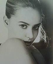 Dimitra Tisel model (Δήμητρα Τισελ μοντέλο). Photoshoot of model Dimitra Tisel demonstrating Face Modeling.Face Modeling Photo #166884