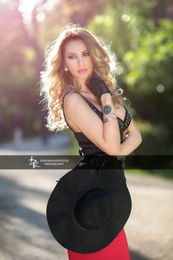 Dimitrios Kontoulis photographer (φωτογράφος). Work by photographer Dimitrios Kontoulis demonstrating Fashion Photography.Fashion Photography Photo #148821
