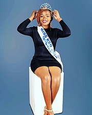 Dinah Nyakoa is a Kenyan model. She is from Kakamega but currently she is residing in Kisii county.Dinah was crowned as Miss Kisii universit