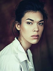 Diva Cam model (modèle). Photoshoot of model Diva Cam demonstrating Face Modeling.Face Modeling Photo #165740