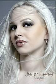 Dominika Fronckiewicz model. Photoshoot of model Dominika Fronckiewicz demonstrating Face Modeling.Face Modeling Photo #71496
