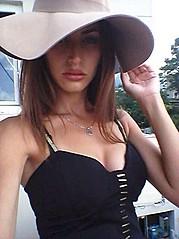 Dona Pjetri model (modele). Photoshoot of model Dona Pjetri demonstrating Face Modeling.Face Modeling Photo #173496