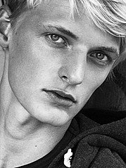 Dopamin Models Dusseldorf modeling agency (modellagentur). casting by modeling agency Dopamin Models Dusseldorf. Photo #111499