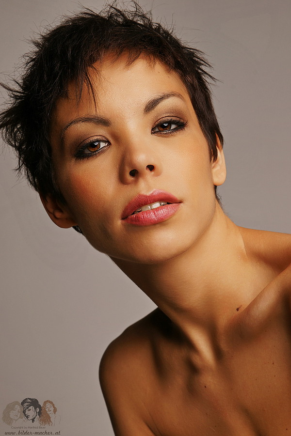 Dorka Banki model. Photoshoot of model Dorka Banki demonstrating Face Modeling.Face Modeling Photo #149449