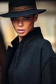 Dorka Banki model. Photoshoot of model Dorka Banki demonstrating Face Modeling.Face Modeling Photo #154100