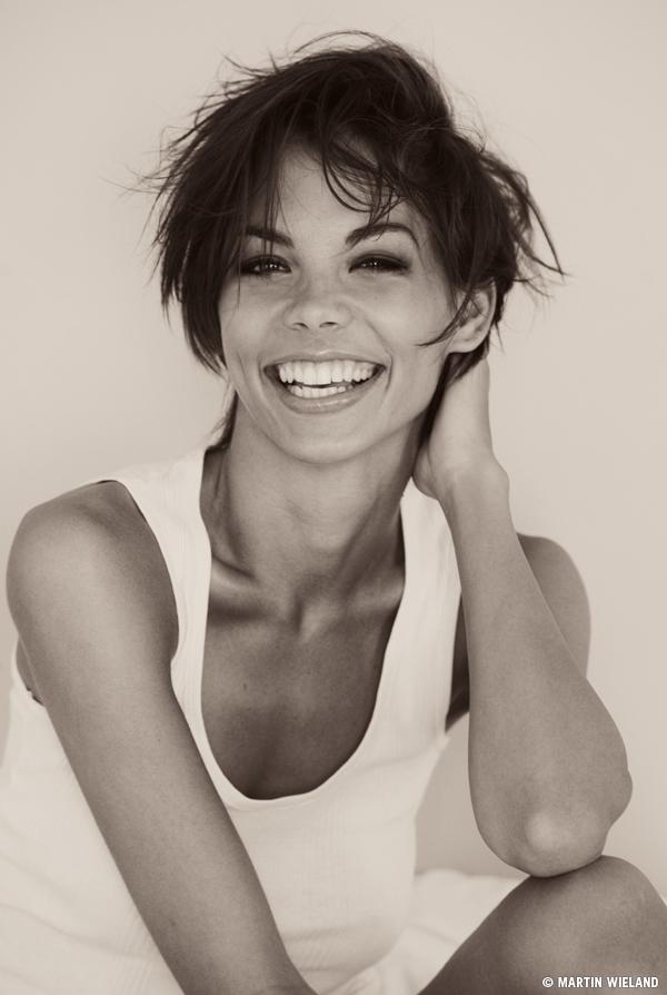 Dorka Banki model. Photoshoot of model Dorka Banki demonstrating Face Modeling.Face Modeling Photo #75368