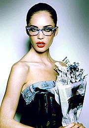 Dyane Van Den Broek Fashion Stylist