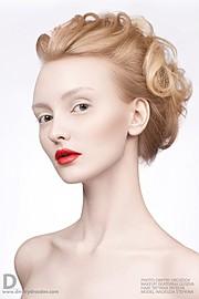 дипломированный визажист, художник по макияжу, гример, стилист по волосам. Создаю и разрабатываю образы для фото и видео проектов, воплощаю