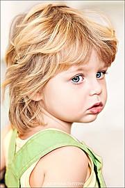 Меня зовут Екатерина Штерн. Я - детский и семейный фотограф. Мир вокруг нас изменяется каждый день, но нежные и чистые цвета всегда останутс