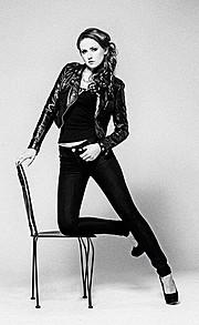 Elena Kollarova model. Elena Kollarova demonstrating Fashion Modeling, in a photoshoot by David Brazier.Photographer: David BrazierMUA: Emanuella LeancaHair: Kiara MooneyFashion Modeling Photo #122702