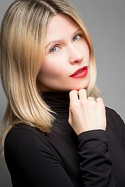 Elena Smirnova model (modèle). Photoshoot of model Elena Smirnova demonstrating Face Modeling.Face Modeling Photo #193869