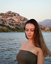 Eleni Kaldeli (Ελένη Καλδέλη) model. Photoshoot of model Eleni Kaldeli demonstrating Face Modeling.Face Modeling Photo #227973