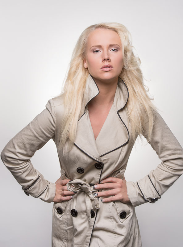 Elina Leskinen model. Elina Leskinen demonstrating Face Modeling, in a photoshoot by Jukka Alasaari.Photographer: Jukka AlasaariMake Up: Susu HolmFace Modeling Photo #97092