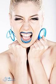 Elisa Proietti model (modella). Photoshoot of model Elisa Proietti demonstrating Face Modeling.Face Modeling Photo #92394