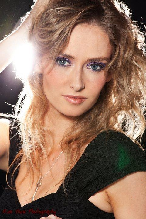 Elizabeth Kenna Makeup Artist