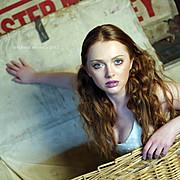 Elke Bonner model. Photoshoot of model Elke Bonner demonstrating Face Modeling.Face Modeling Photo #93394