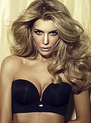Elle Liberachi model. Photoshoot of model Elle Liberachi demonstrating Face Modeling.Face Modeling Photo #109888