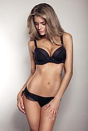 Elle Liberachi model. Photoshoot of model Elle Liberachi demonstrating Body Modeling.Body Modeling Photo #109921