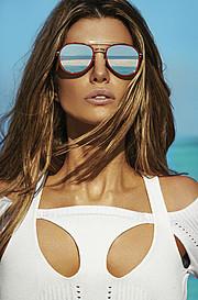 Elle Liberachi model. Photoshoot of model Elle Liberachi demonstrating Face Modeling.EyewearFace Modeling Photo #127493