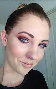 Elle Mattoon makeup artist. makeup by makeup artist Elle Mattoon. Photo #98390